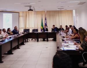 Veja mais em:  http://www.al.ma.leg.br/noticias/39346
